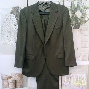 2 Piece Suit by Stafford Sz. 46 L